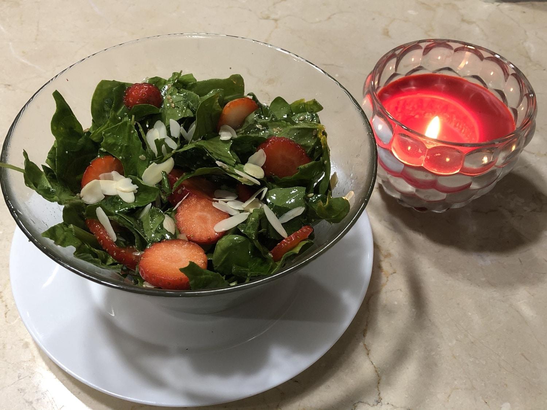 Ensalada de fresas con espinacas